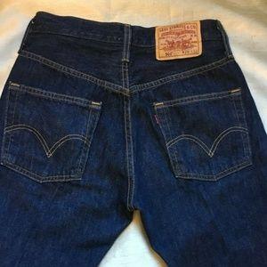 Womens levis 501 29 x 32 medium rise jeans